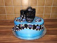Fototorte-mit-kleinen-Tortenbildchen